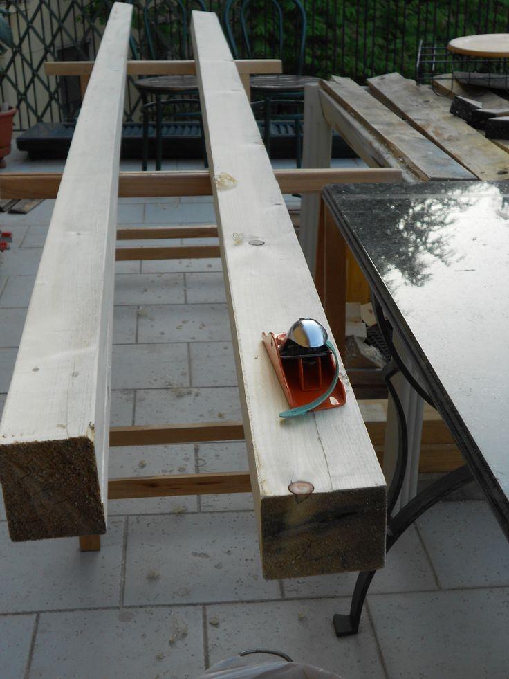 Ecco come lavorare il legno riciclato per il patio