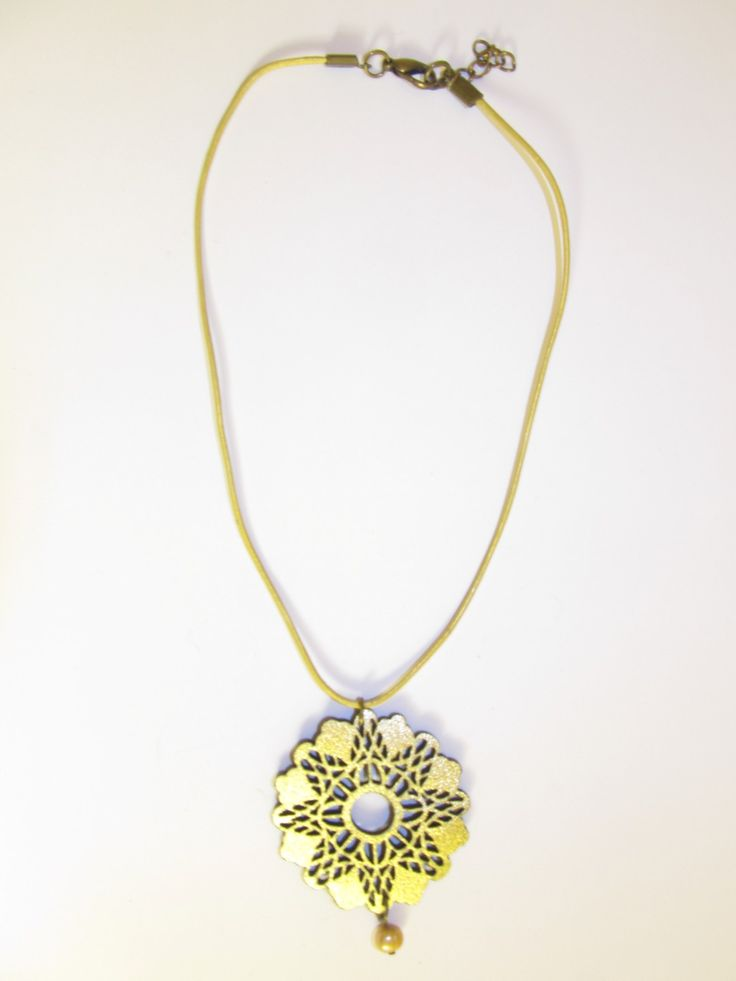 Handmade short leather necklace (1 pc)  Made with gold leather filigree, mat gold leather cord and gold freshwater pearl.