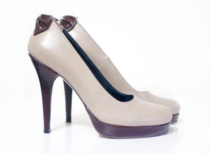 pantofi toc: 12cm platforma: 2cm pret: 280 RON pt comenzi: incaltamintedinpiele@gmail.com