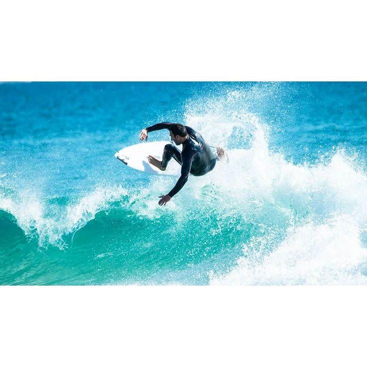 #surflife #billabong #roxy #snapperrocks #coolangatta #surfphotography #quicksilver #tracksmagazine #australia #queensland #thisisqueensland #seeaustralia #visitgoldcoast #exploreaustralia #quicksilverpro #wildsurf by mikebrooke_photography