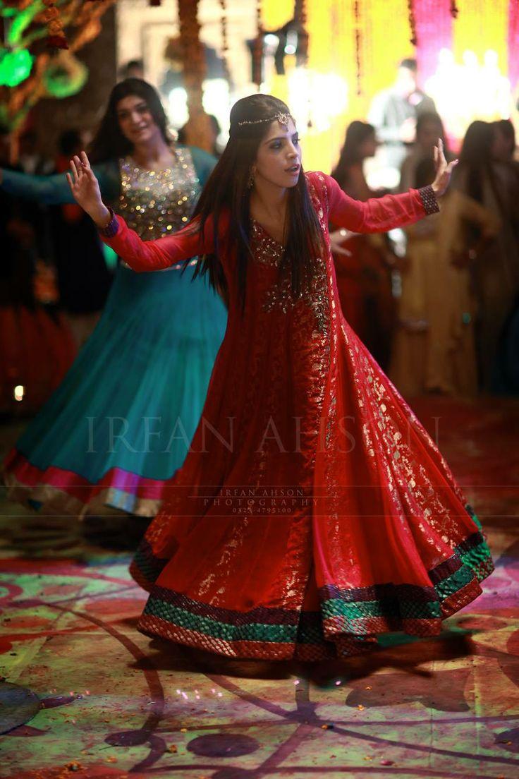 Wedding Dance. Pakistan. Irfan Ahson Photography Lahore.