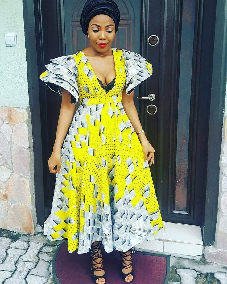 "138 Likes, 1 Comments - AnkaraCatalogue (@ankaracatalogue) on Instagram: ""Yellow, mellow!! #ankaracatalogue #buynigeria #buyafrica #africanfabrics #africanprint #ankarafreak…"""