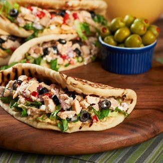 This Grilled Chicken Salad Flatbread Sandwich is a perfect meal for lunch!
