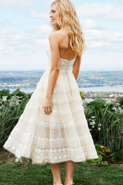 Amazing Appliques A-line Organza Tea-length Sweetheart Sleeveless Tea Length Wedding Dresses