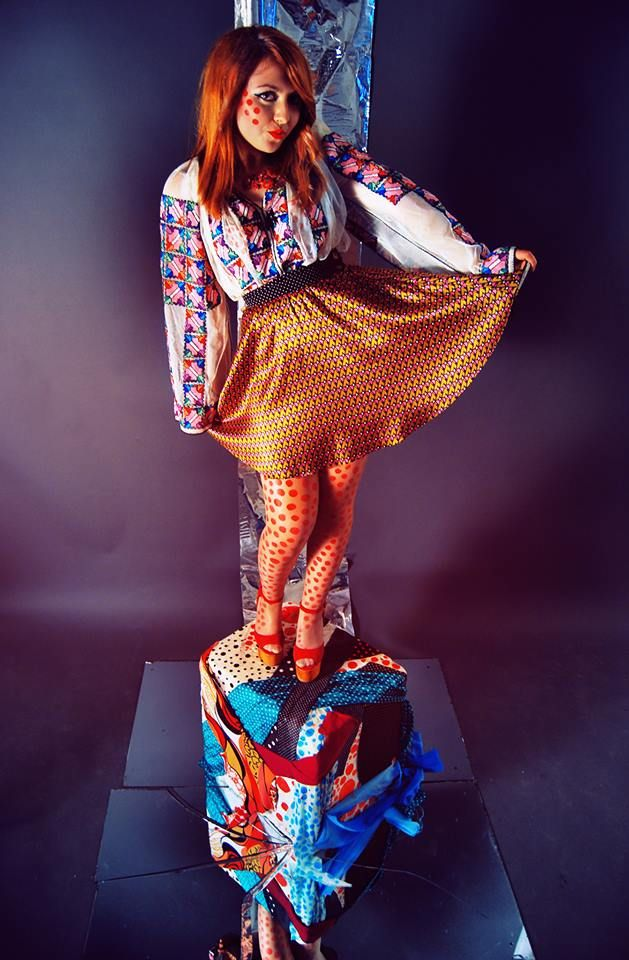 The traditional blouse is a masterpiece that not even Pop-Art can deny! Model: Ursu Aida Foto: Ciprian Ciulei