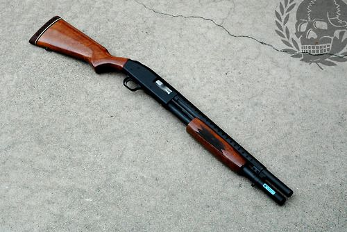 Old School Mossberg 500                                                                                                                                                                                 Plus