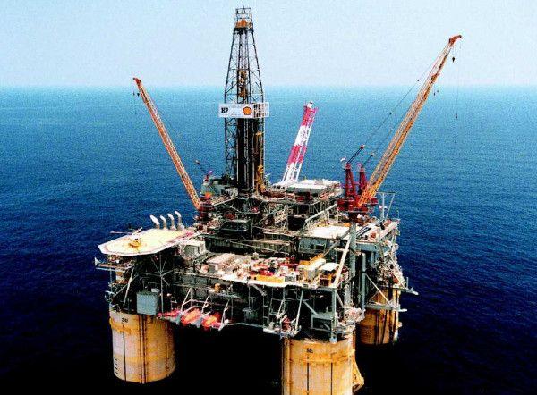 The 25+ best Oil rig jobs ideas on Pinterest Oil rig, Texas oil - petroleum engineer job description