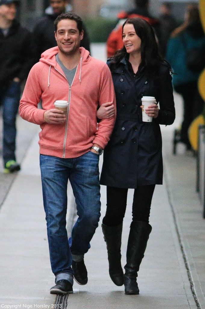Dec 15 2013 Rachel on set with boyfriend Michael Kershaw ...