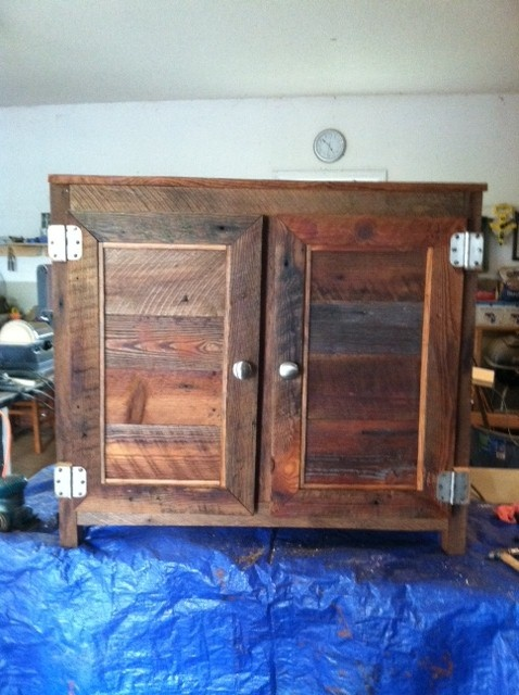 1000 Images About Old Barn Wood Furniture On Pinterest