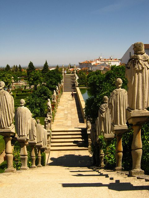 Episcopal gardens in Castelo Branco, Portugal (by Philip).