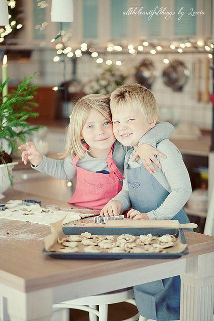 Inspiratie en ideëen voor kinderfotografie op lokatie en in studio | Inspiration and ideas for child photography outdoor and studio Sweet Friday by loretoidas, via Flickr