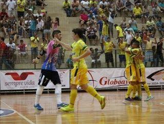 Blog Esportivo do Suíço: Corinthians leva gol de goleiro e perde para o Marechal Rondon na Liga Futsal