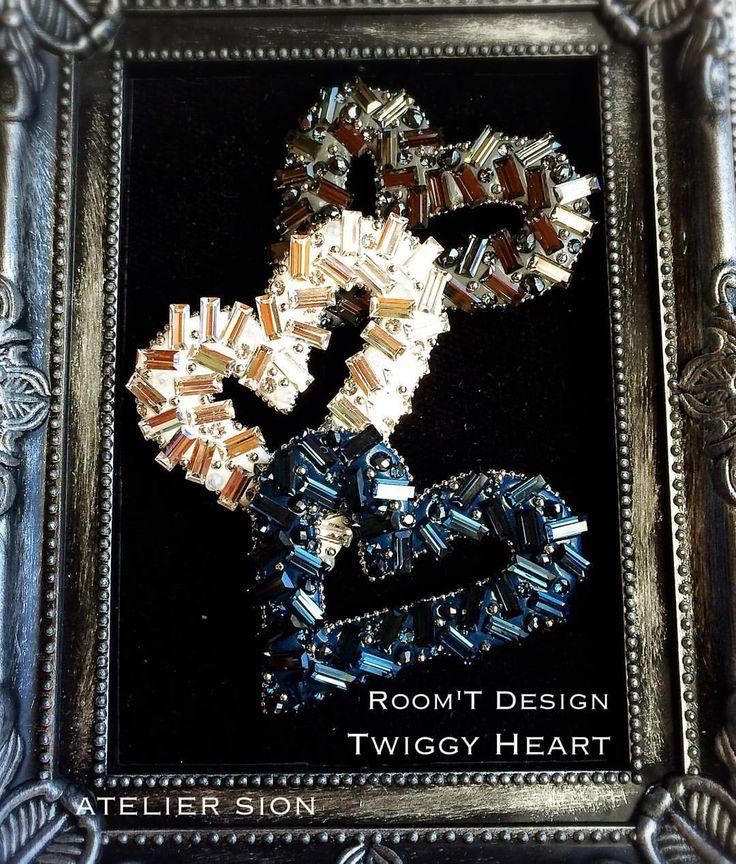 Room'T様考案【Twiggy Heart】 キット使用レッスン 認定講師9000円/フリー10000円  #グルーデコ  #グルーデコ®  #習い事…