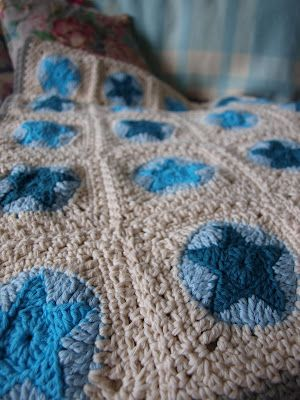 All Star Blanket: pattern from book Crocheted Gifts: Irresistible Projects To Make And Give by Kim Werker