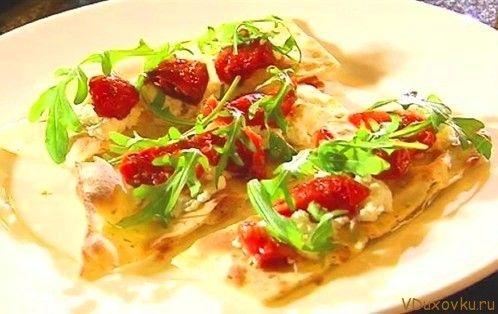 Вегетарианские и веганские рецепты / Фокачча с вялеными помидорами и тофу / Рецепты в духовке