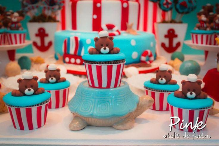 cupcakes de ursinho listrado vermelho