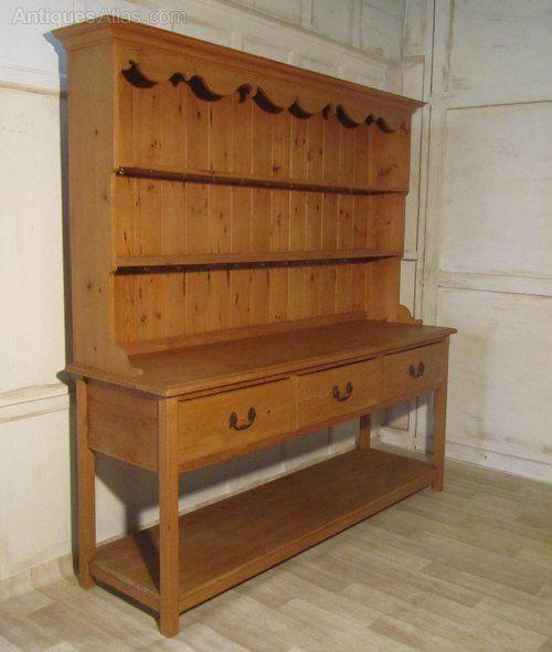 A Very Large Georgian Pine Pot Board Dresser - Antiques Atlas