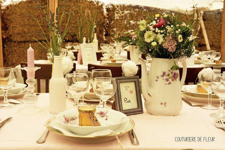 Décoration de mariage bohème avec location de vaisselle vintage