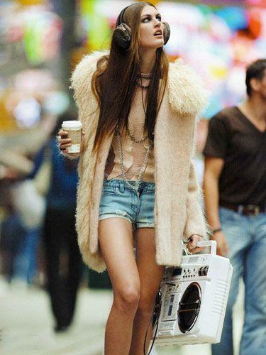 Yaz Kıyafetlerini Sonbaharda Nasıl Kombinlersiniz?  #kombin #sonbahar #Trend