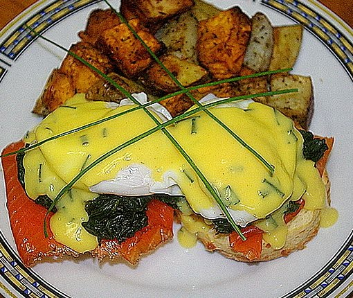 Enjoy brunch on the Danforth in downtown Toronto! For all the details check out the full blog post: http://summerfunguide.ca/blog/vinny-on-the-danforth/ #summerfunguide #thingstodoinontario