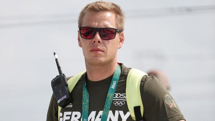 Schwerer Autounfall in Rio | Deutscher Kanu-Trainer in Lebensgefahr - Olympia 2016 - Bild.de