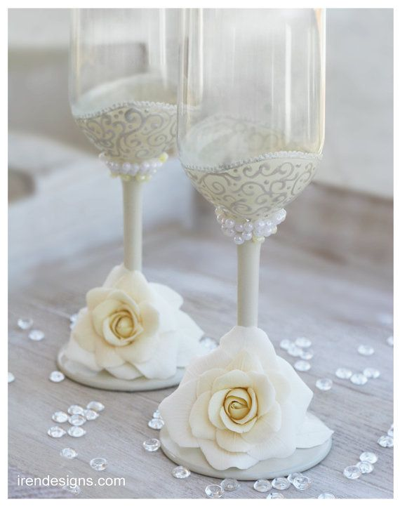 Ivory Wedding Glasses Wedding champagne glasses by IrenDesigns, €40.00
