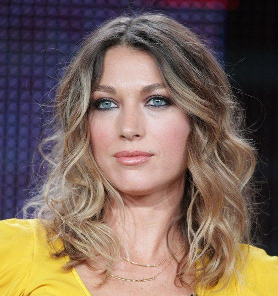 Natalie Zea - The Following, Justified, Californication ...
