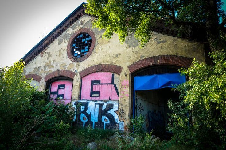 urbex  streetart in prag bubny  vltavsk  urbanpresents  streetart urbex graffiti