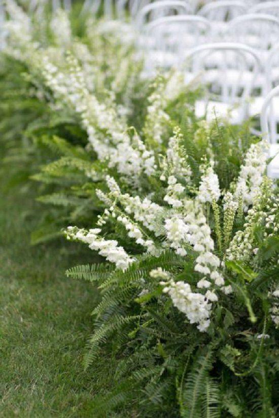 green fern wedding ceremony flowers / http://www.deerpearlflowers.com/greenery-fern-wedding-ideas/