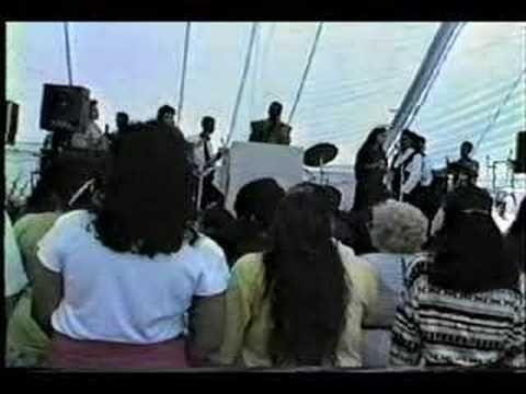 Dios esta Aqui Alvin Vigo Feat. Borntwice 1991 - YouTube