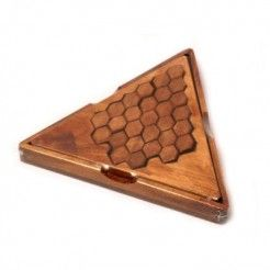 Honeycomb Puzzle in Triangle Box
