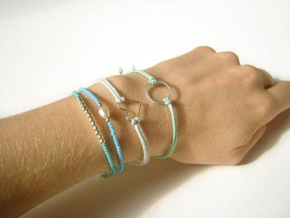 Mint String Bracelet Eternity Bracelet Pastel par JewelleryByJora, £8,02