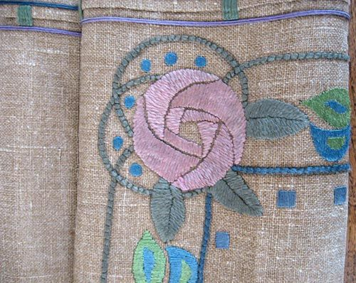 Glasgow School Arts & Crafts table runner, natural linen with appliqué stylised roses, floss silk Circa 1900