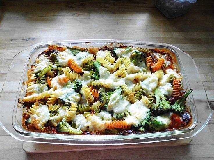 Pasta-Brokkoli-Tofu-Auflauf, ein schmackhaftes Rezept aus der Kategorie Käse. Bewertungen: 49. Durchschnitt: Ø 4,1.