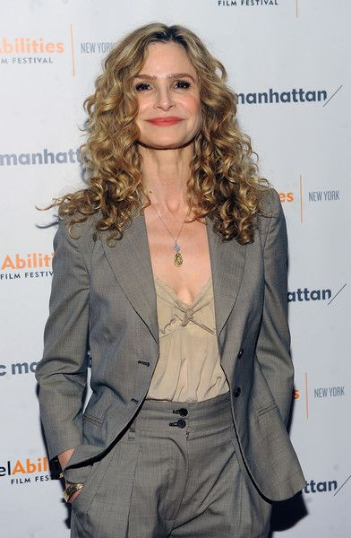 """Kyra Sedgwick Photos Photos - Actor Kyra Sedgwick attends a special screening of """"The Road Within"""" hosted by REELABILITIES and the JCC MANHATAN at JCC Manhattan on April 6, 2015 in New York City. - A Special Screening of 'The Road Within'"""