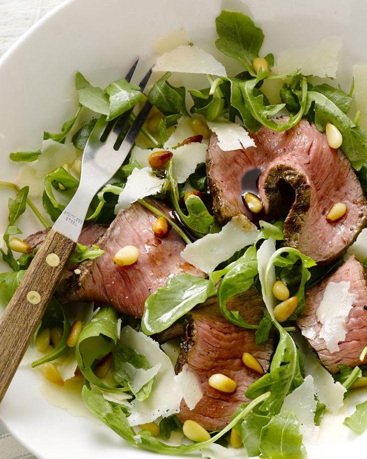 Tagliata wil letterlijk 'gesneden' zeggen in het Italiaans. Het is een heerlijke manier om biefstuk klaar te maken, gesneden in plakjes van 1 cm.