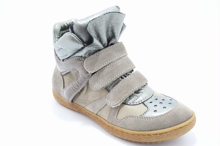 Momino damesschoen sophisticated sporti sneaker made in Grey suede blu metallic leather combination..