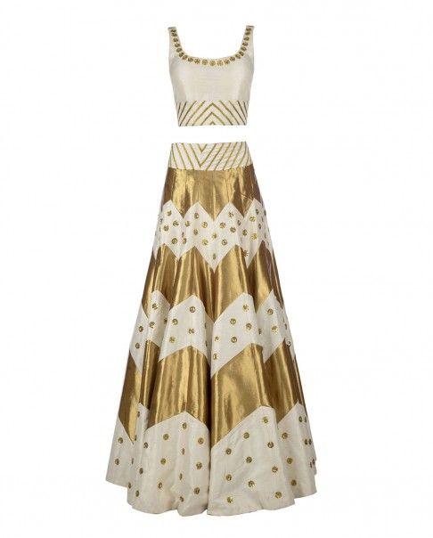 PRIYAL PRAKASH White and Golden Zigzag Lengha Set