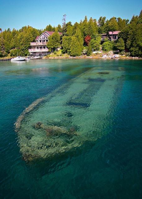 Shipwreck in Big Tub Harbour, Ontario, Canada