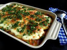 Super nem og lækker oksekød i fad med kartoffel-låg og ost - perfekt aftensmad som både kan laves fra bunden og på rester.