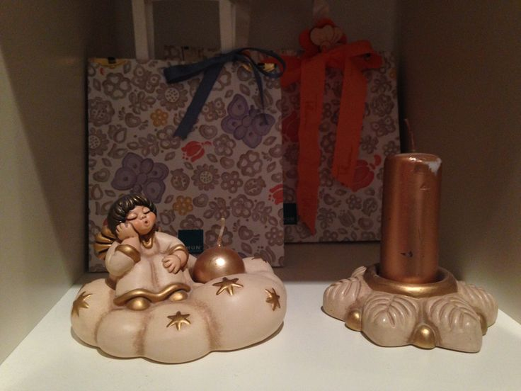 THUN candles. What two lovely objects! Excellent to decor the home. Small details that give the home aspect something more.