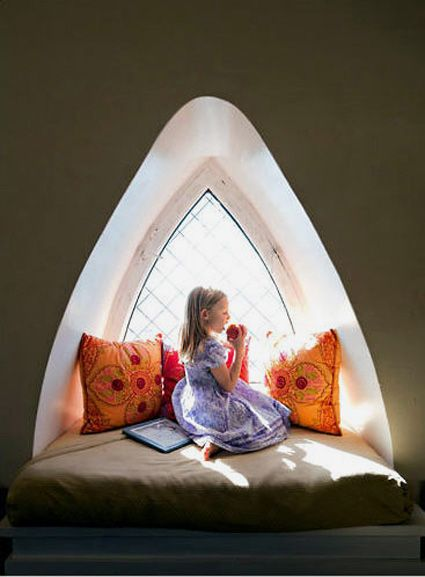 Reading nook.: Dreams Houses, The Smith, Kids Spaces, Apartment, Reading Nooks, Windows, Window Seats, Cob Houses, Smith Towers