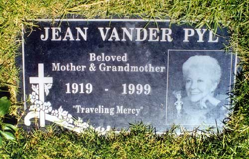 "Jean Vander Pyl (1919 - 1999) She was the voice of Wilma Flintstone in the animated TV series ""The Flintstones"" and the voice of Rosie the Robot in ""The Jetsons"""