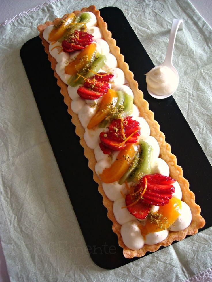 DOLCEmente SALATO: Crostata con frutta fresca e namelaka al cioccolato bianco e arancia