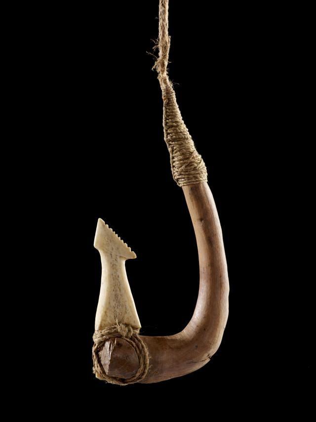 Object: Matau (fish hook) | Collections Online - Museum of New Zealand Te Papa Tongarewa
