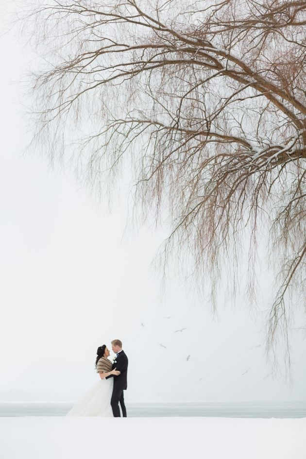 Winter Wedding Photos That Will Inspire You to Get Hitched in the Cold | StyleCaster