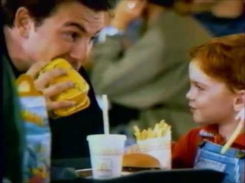 Une autre pub pour McDonalds en France: la politesse M3