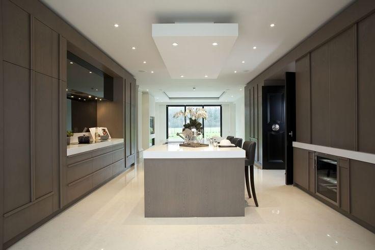 Mowlem & Co Kitchen - Royalton Chatsworth house, Oxshott