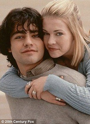 Adrian Grenier and Melissa Joan Hart as Chase & Nicole from Drive Me Crazy (1999)