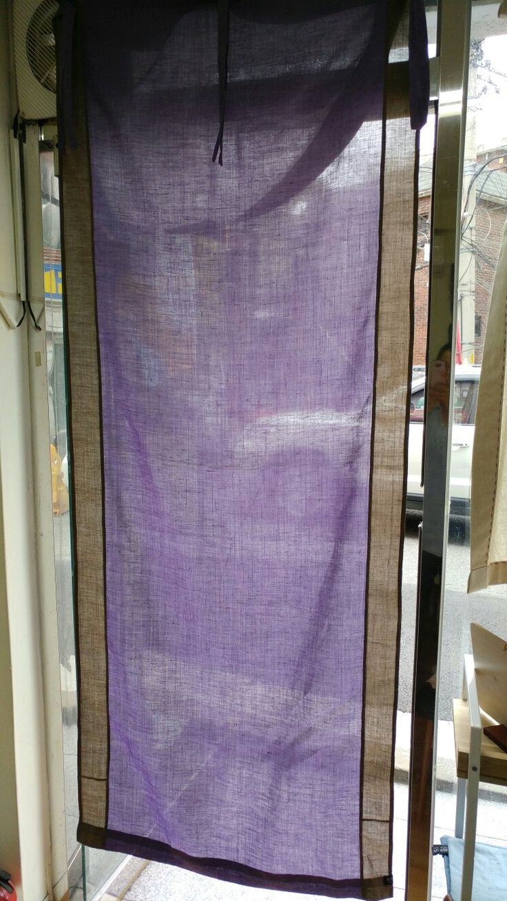 Linen mini curtains